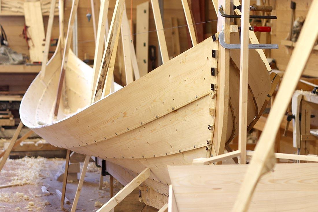 batbygging-klinkbygd-lapstrake-boatbuilding