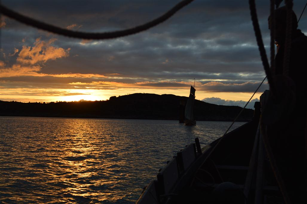 Utsetøya rett før solnedgang