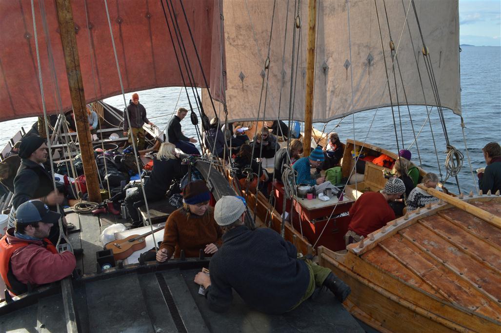 Skikkelig samsegling, med båtene sammenbundet